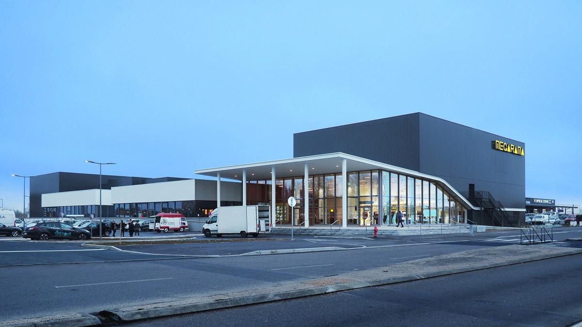 INCAA - C & D Carril Architectes